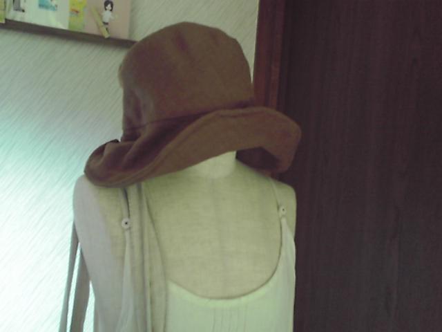 やわらかリネンの帽子